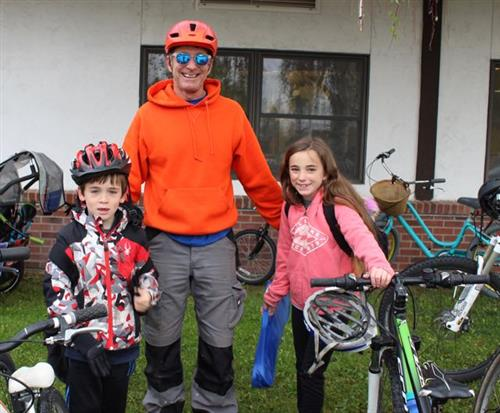 Dad and kids with bikes