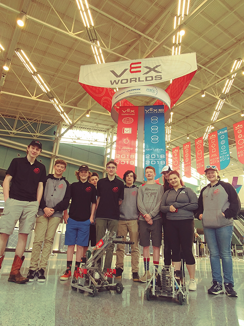 photo of wood river high school vex robotics team at world competition
