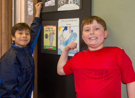 Alturas Elementary Students pointing at art
