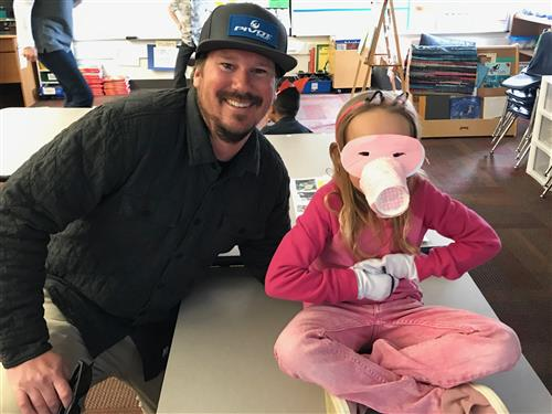 bellevue student in mask with parent