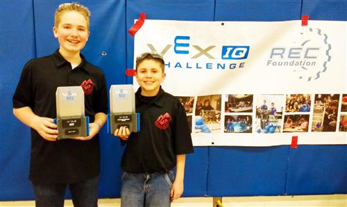 Wood River Middle School Robotics Students