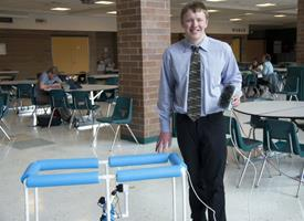 Wood River High School student with an underwater drone he built